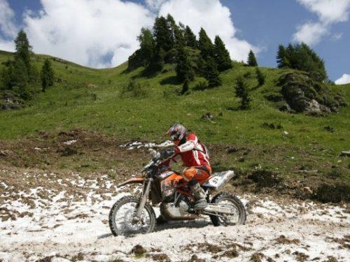 """Sauris: ritorna la """"Motocavalcata delle Alpi Carniche"""" il 16 – 17/06/2012"""