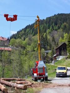 Rigolato: in funzione la nuova teleferica mobile delle Amministrazioni dei Beni civici di Givigliana e di Pesariis