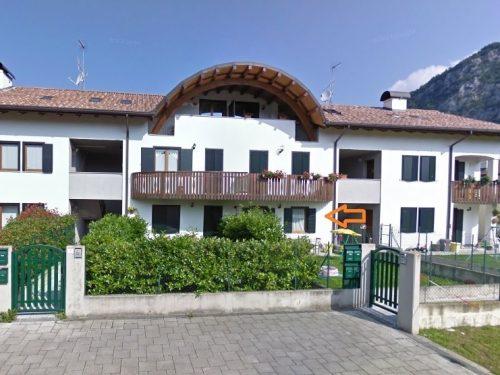 Villa Santina: affittasi nuovo appartamento completamente arredato con giardino privato esclusivo