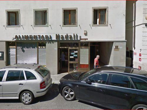 Tolmezzo: chiude l'alimentari Nadali che aprì in via Del Din nel '40